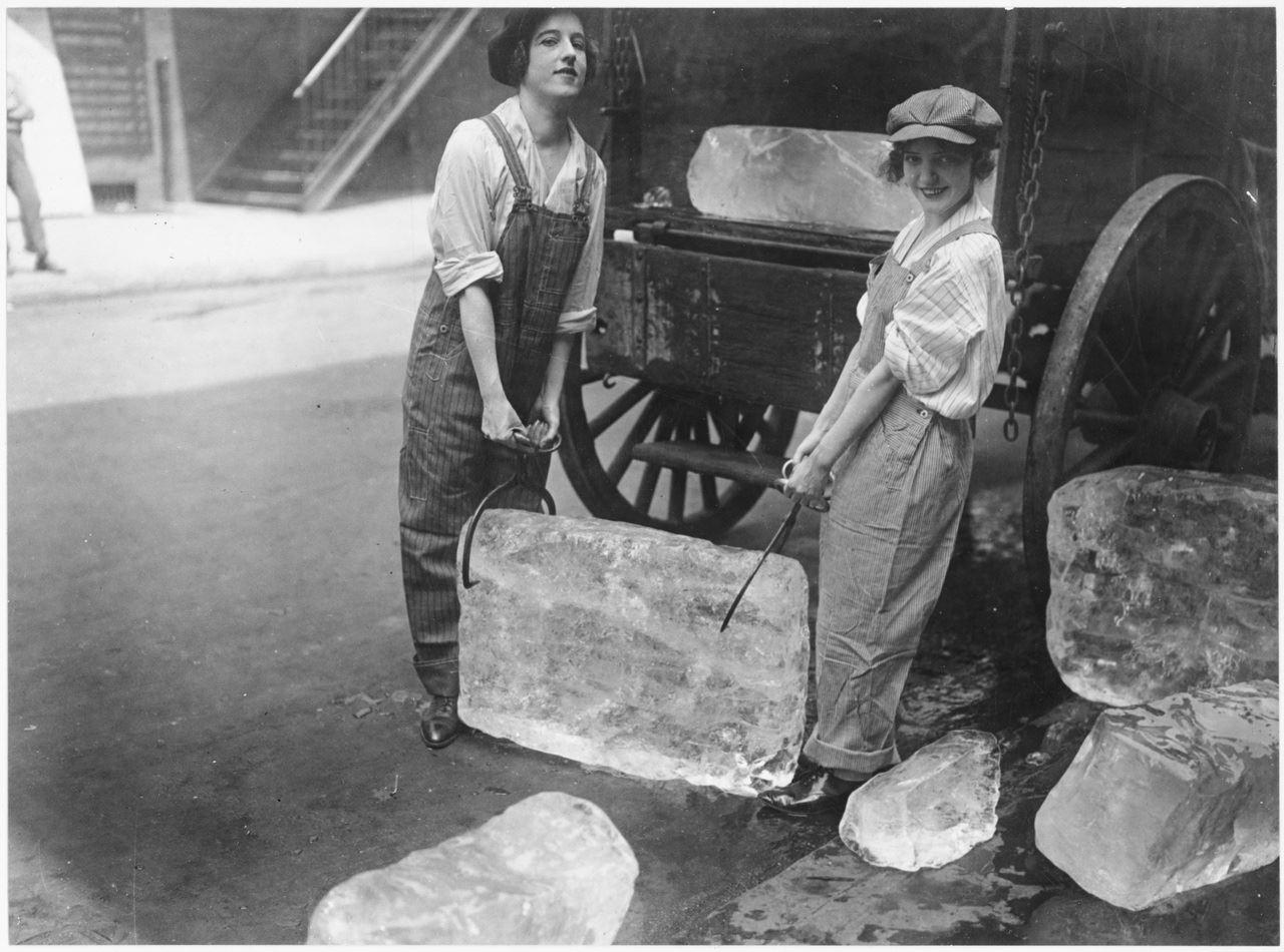 ice girls delivering 1918