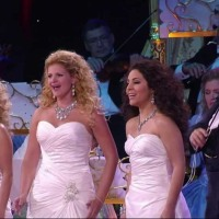 """ANDRE RIEU""  ET ""THE MAASTRICHT NUNS CHOIR"""