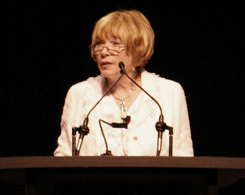 Shirley Mac Laine3