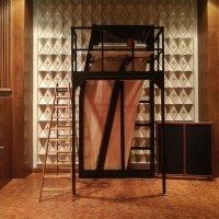 Il construit des pianos de 5 mètres de hauteur (vidéo)